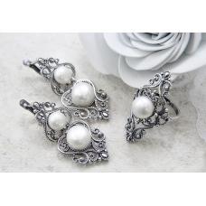 Как чистить серебрённые украшения и серебро от почернения?
